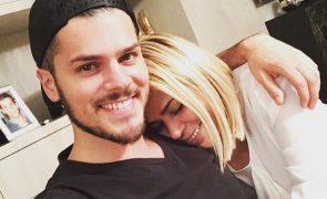 Mickael Carreira declara-se à mãe em dia de aniversário