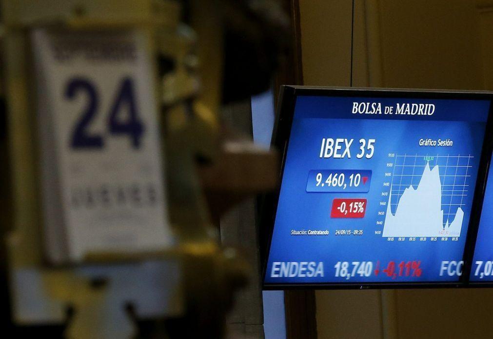 Bolsa de Tóquio abre a ganhar 0,26%