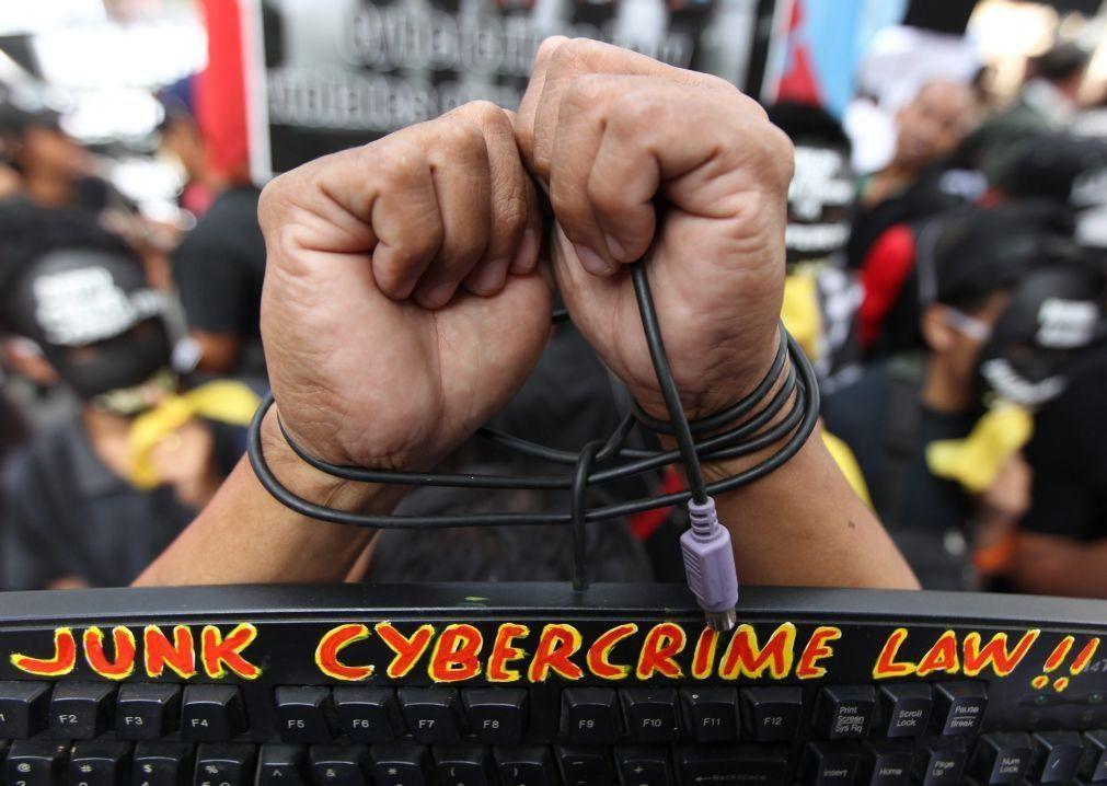Prisão preventiva para um dos 17 suspeitos da prática de cibercrimes