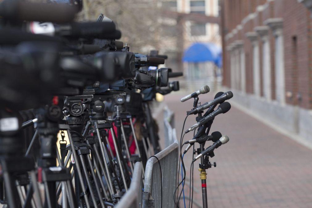 Comissão do PE pede a UE que adote leis para proteger jornalistas e ativistas
