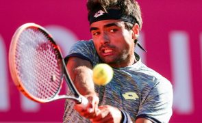 Frederico Silva perde na primeira ronda do 'challenger' de Zagreb em ténis