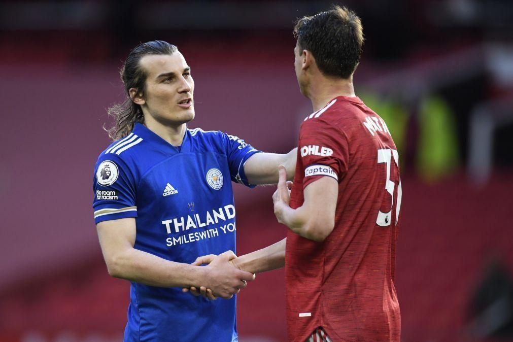 Manchester United perde com Leicester e promove festejos do rival City