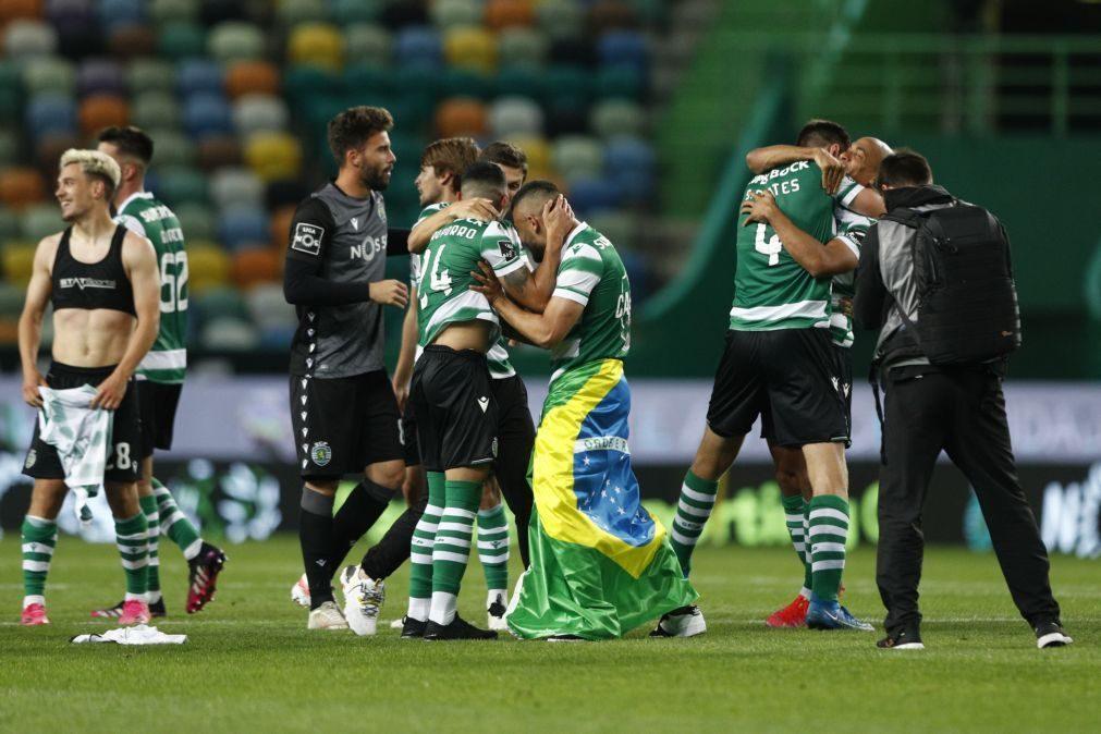 Treinador do Sporting retribui confiança em época controversa