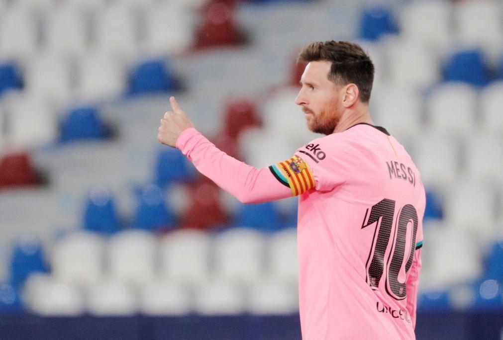 FC Barcelona empata com Levante e 'despede-se' do título espanhol