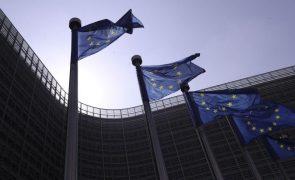 UE/Previsões: Bruxelas piora previsões para défice português mas melhora as da dívida