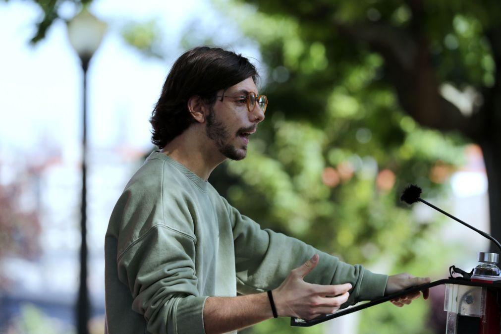 Deputado do BE Luís Monteiro retira candidatura como cabeça de lista a Gaia