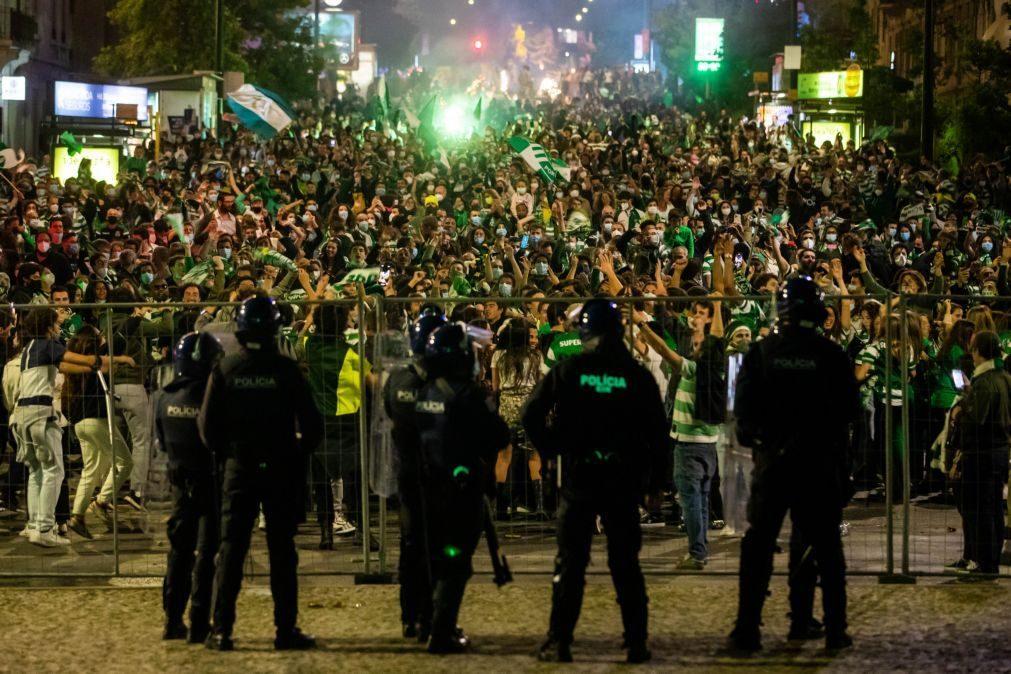 Quem esteve nos festejos do Sporting deve evitar contactos durante 14 dias - DGS
