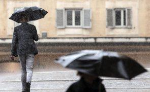 Braga, Porto e Viana do Castelo sob aviso amarelo devido à chuva