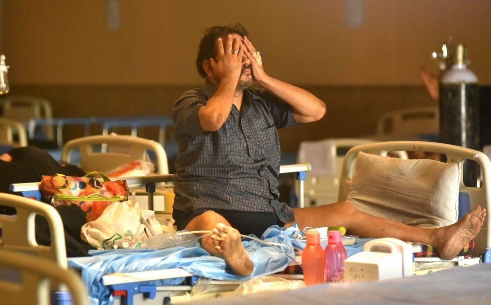 Covid-19: Mais de quatro mil mortes na Índia pelo segundo dia consecutivo