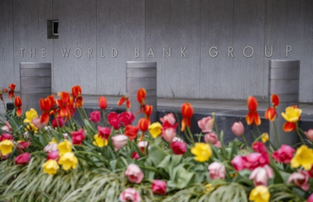 Remessas para África subsaariana caíram 12,5% no ano passado - Banco Mundial