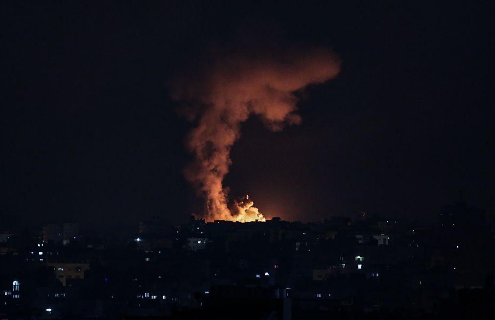Ofensiva de Israel em Gaza com 50 rondas de bombardeamentos em 40 minutos