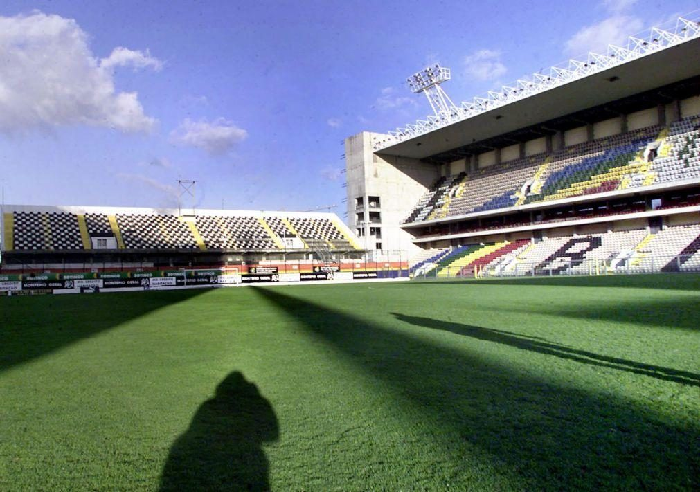 DGS dá parecer negativo sobre ecrã para adeptos no exterior do Estádio do Bessa