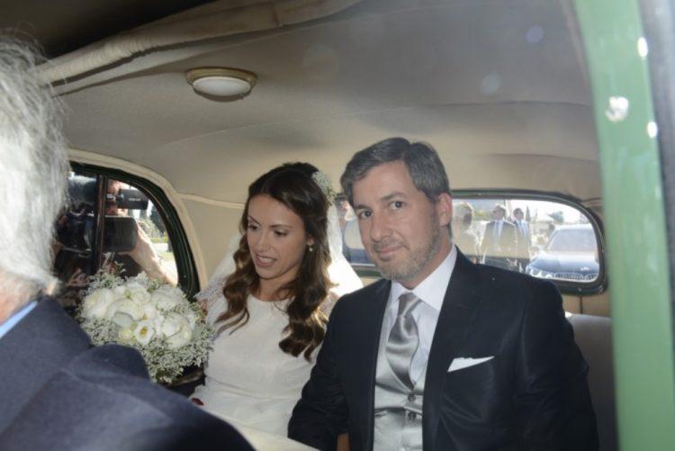 Bruno de Carvalho e Joana Ornelas | Gritos e empurrões na chegada da noiva à igreja (vídeo)
