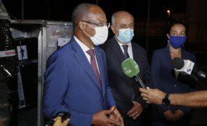 Covid-19: Vacinas doadas por Portugal vão permitir manter vacinação em Cabo Verde - PM