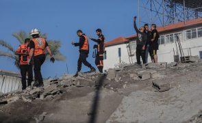 Médio Oriente: Uma dezena de ambulâncias egípcias em Gaza para transportar feridos