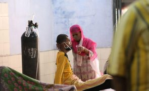 Covid-19: Pandemia já fez 3.359.726 mortos em todo o mundo