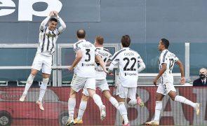Juventus impõe-se ao Inter com golo de Ronaldo e mantém-se na luta pelo 'top-4'