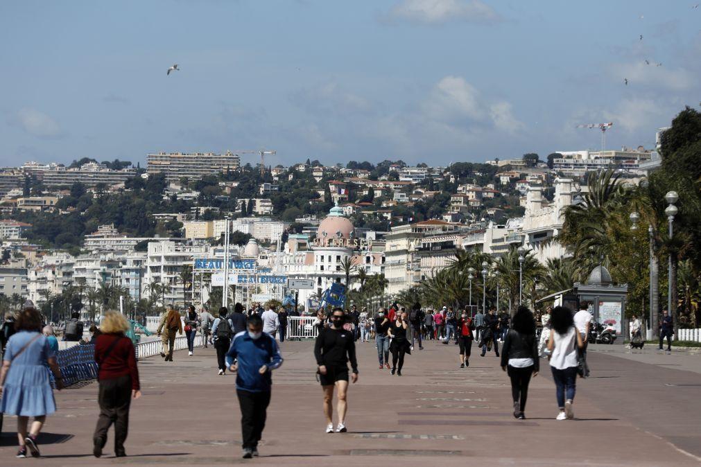 Covid-19: França regista hoje mais 81 mortes e mais 13.948 infeções