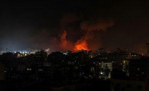 Ataques israelitas mataram pelo menos 42 pessoas e feriram mais de 50 em Gaza