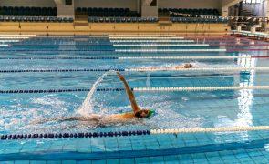 Alexis Santos bate recorde nacional dos 50 metros costas em piscina longa