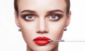Batom vermelho: Use o tom certo para a cor da sua pele