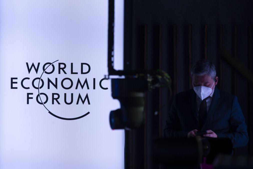 Fórum Económico Mundial cancela edição prevista para Singapura