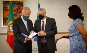 Presidentes de Portugal e Cabo Verde prometem solução para dívida cabo-verdiana