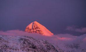 Gronelândia mais escura e mais quente devido à falta de tempestades e neve fresca