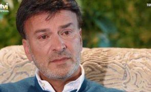 «Adormecer é a chorar agarrado a uma almofada», desabafa Tony Carreira