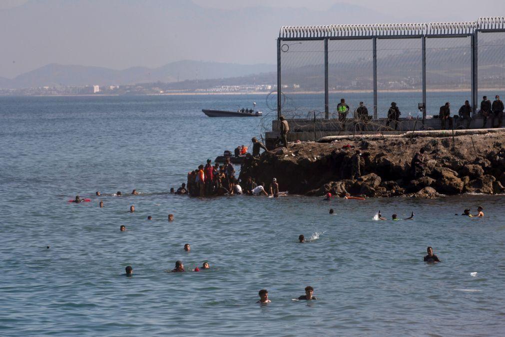 Espanha devolve metade dos 8 mil marroquinos chegados a Ceuta
