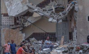 Pelo menos seis mortos após bombardeamentos em Gaza