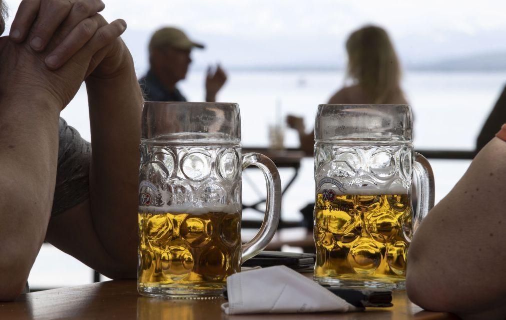 Cada português consome 12 litros de bebidas alcoólicas por ano