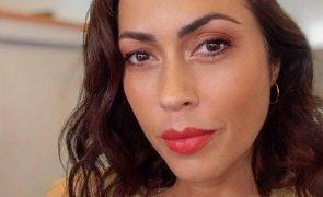 Salvamento de bebé caído ao mar deixa Débora Monteiro em lágrimas