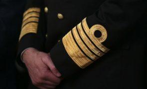 Marinha dá prioridade a travar saída de militares