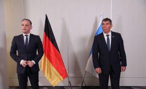 Médio Oriente: MNE alemão apela a cessar-fogo em visita à região