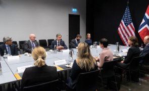 Rússia e EUA acusam-se mutuamente de expandirem controlo militar no Ártico