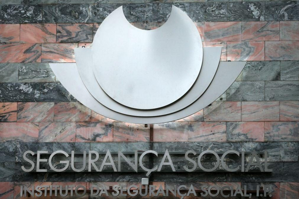 Covid-19: Transferências para Segurança Social em 2020 superam despesas em 595ME