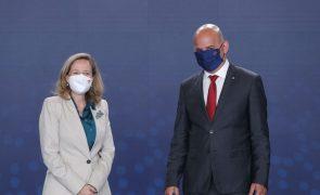 UE/Presidência: Eurogrupo prudente e otimista quanto a perspetivas económicas -- vice-presidente