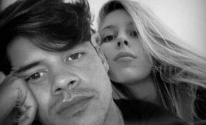 Irmã de Ivo Lucas conta como o ator está a superar a morte de Sara Carreira