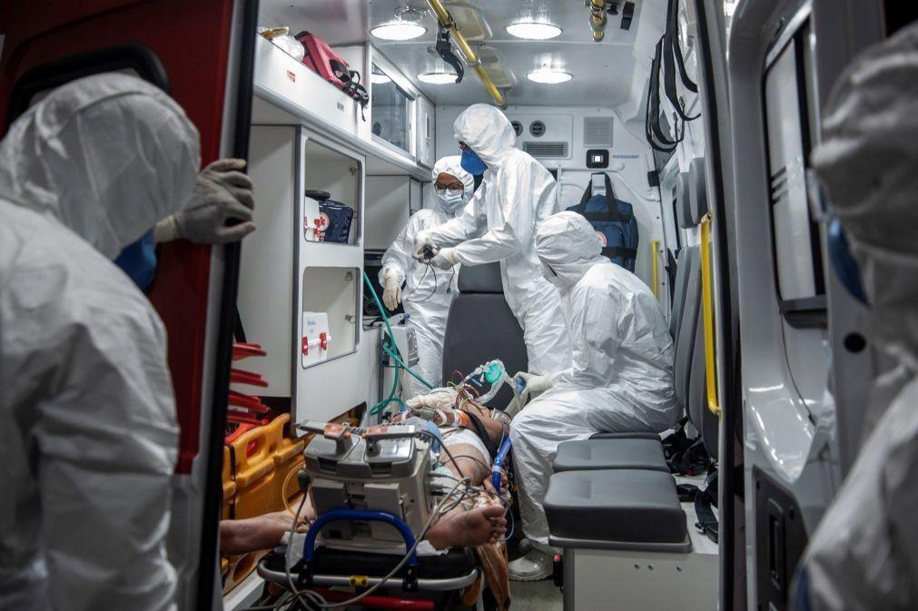 Covid-19: Brasil soma 76.855 novos casos e aproxima-se de 16 milhões de infeções