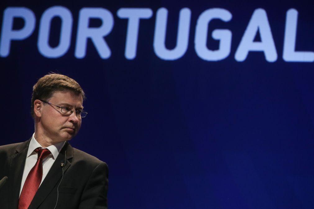 Palavra de ordem dos próximos meses é concretização -- Dombrovskis