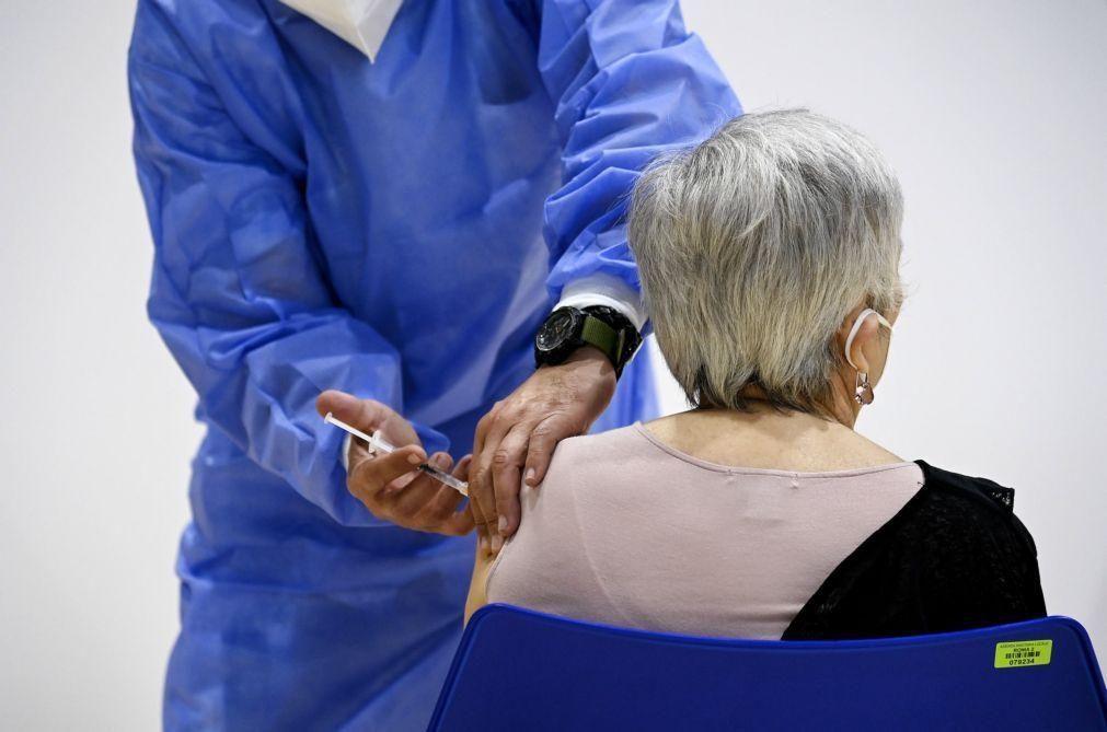 Covid-19: Itália com 4.717 novos casos está perto dos 30 milhões de vacinas