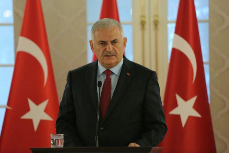 PM turco desloca-se a Bagdad para tentar melhorar relações bilaterais
