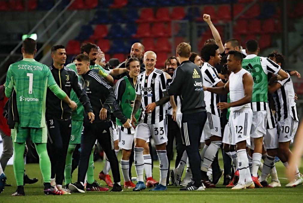 Nápoles empata, Juventus, sem Ronaldo, garante 'Champions' e Roma Liga Conferência