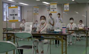 Covid-19: Japão abre primeiros centros de vacinação em massa em Tóquio e Osaka