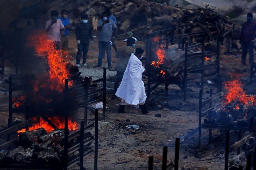 Covid-19: Índia é o terceiro país a ultrapassar 300.000 mortes