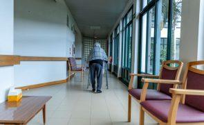 Covid-19: Pandemia provocou desespero entre idosos e agravou saúde mental