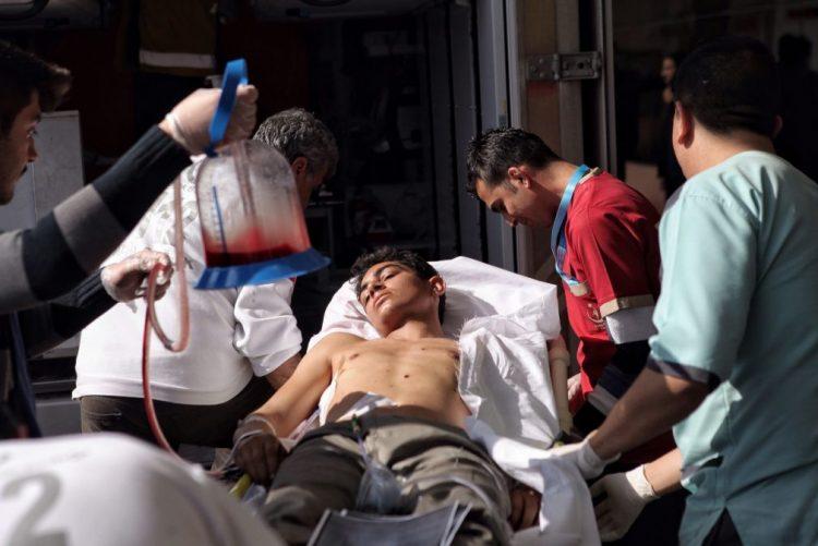 Explosão de carro-bomba causa pelo menos 43 mortos na Síria - novo balanço