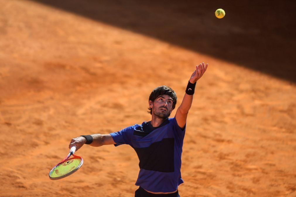Gastão Elias estreia-se com vitória no 'challenger' 4 de Oeiras em ténis