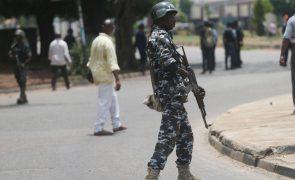 Centenas de manifestantes protestam na capital nigeriana contra aumento de raptos